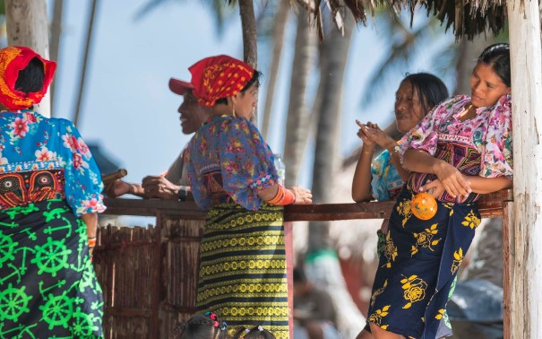 Experience the vibrant culture of the San Blas Islands.