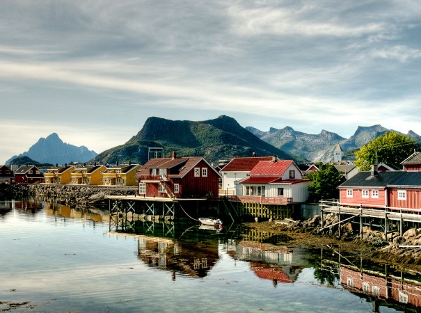 Explore rustic fishing villages amidst the natural wonder of Lofoten.