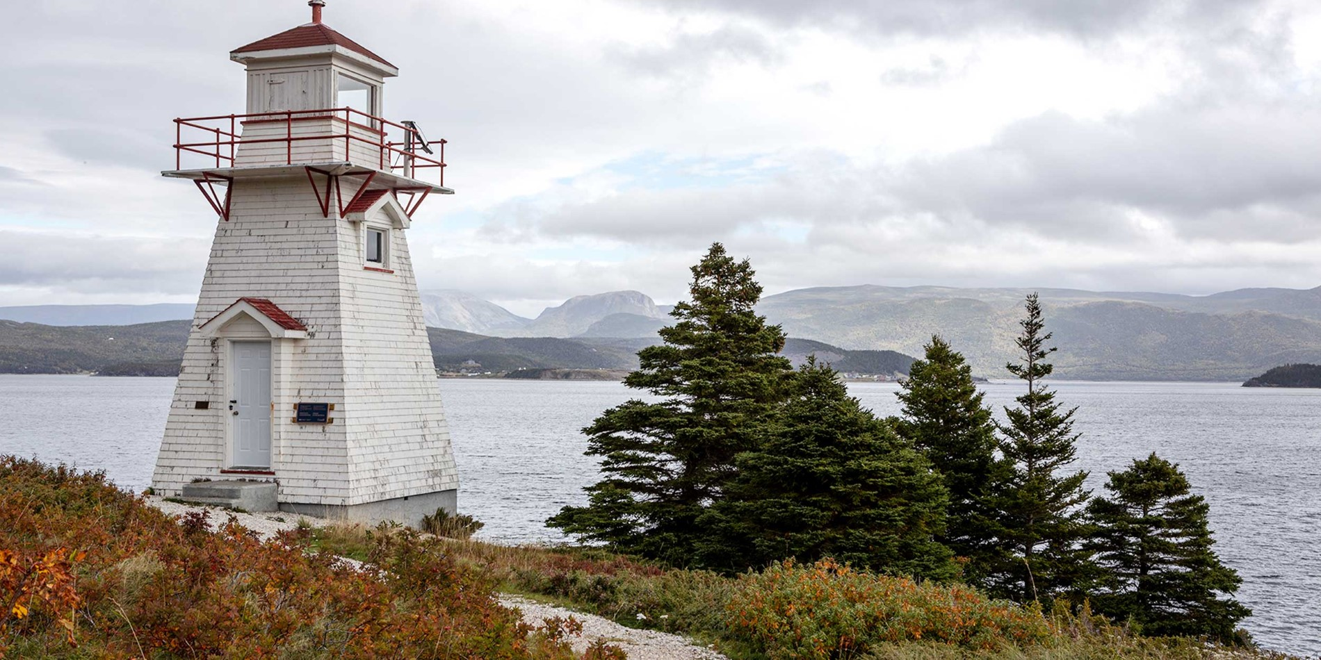 Gros-Morne-Woody-Point-Lighthouse-Canada-HGR-127290-Camille-Seaman.jpg