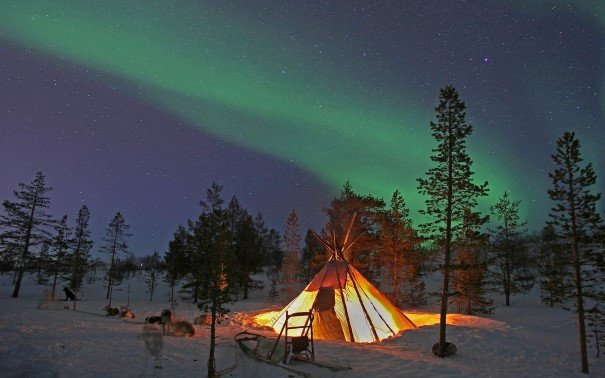 Experience the Northern Lights in a Sami lavvo (tent) in Norway