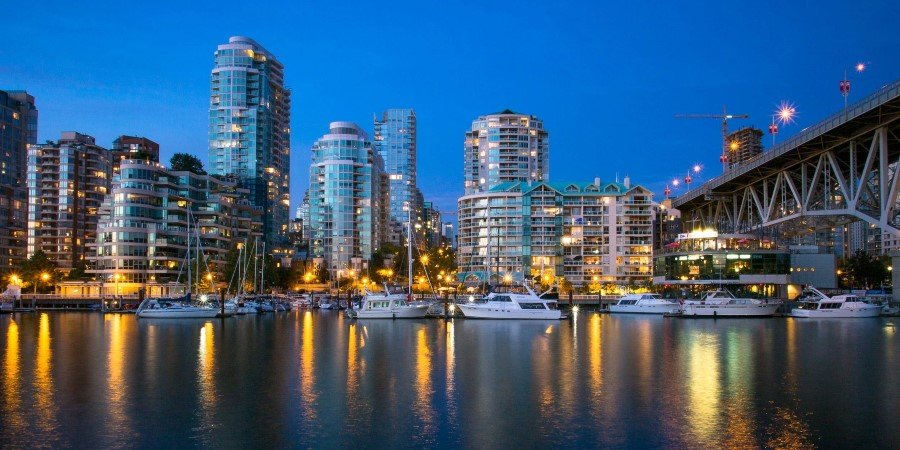 Vancouver-False-Creek_©Kenny-Louie-_CC-BY-2_Flickr_2500x1250.jpg