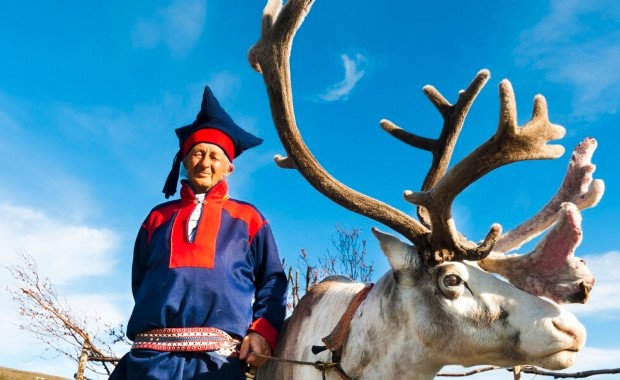 Learn about Sámi traditions and their way of life, and hear traditional Sámi joiking (song).