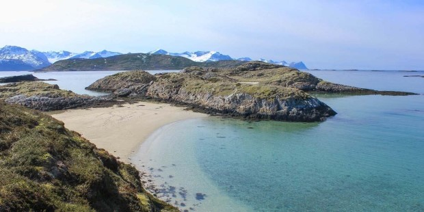 Sommarøy is an archipelago of small islands with white, sandy beaches and a lively fishing community.