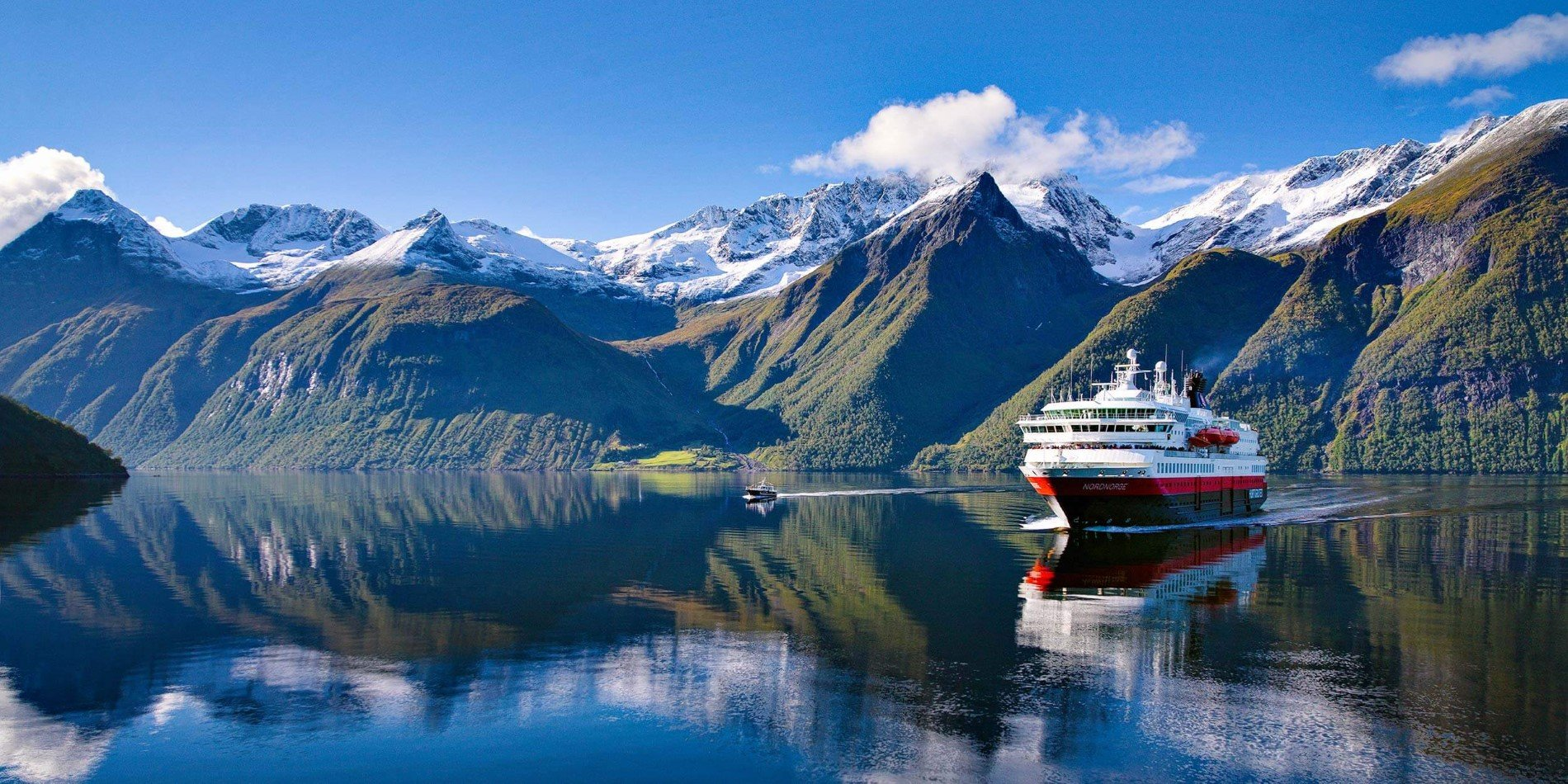 Norway Cruises: In the land of Fjords & Northern Lights | Hurtigruten