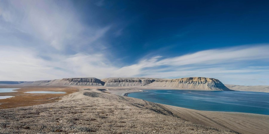 Cruise through the Northwest Passage: From Greenland to Alaska ...